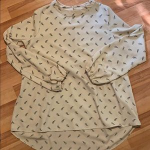 NWOT My Story button back blouse